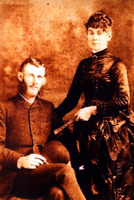 JPG Picture of Horace William and Mattie Lee LaMaster Hill.