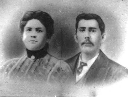JPG Picture of James and Lucy Tingle Hicks.